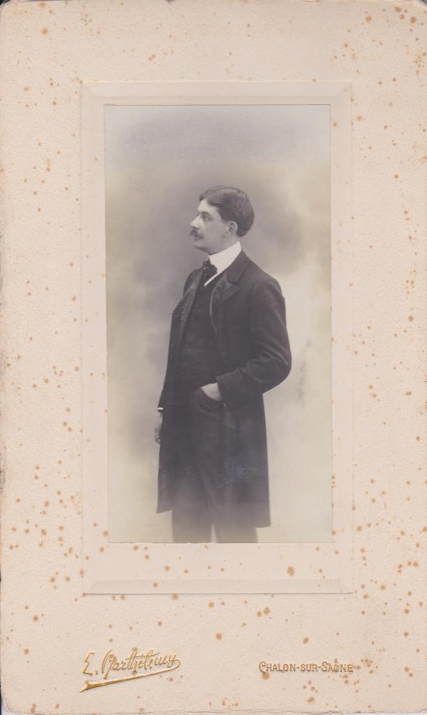 Emile  Aulois
